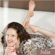 Allyoucanfeet model Julie profile picture