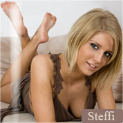 Allyoucanfeet model Steffi profile picture
