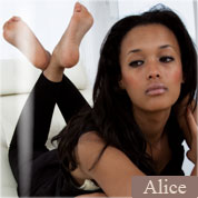 Allyoucanfeet model Alice profile picture