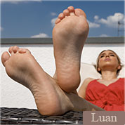 Allyoucanfeet model Luan profile picture