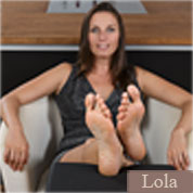Allyoucanfeet model Lola profile picture