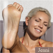 Allyoucanfeet model Jenni profile picture
