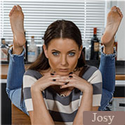 Allyoucanfeet model Josy profile picture