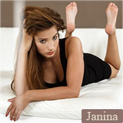 Allyoucanfeet model Janina profile picture