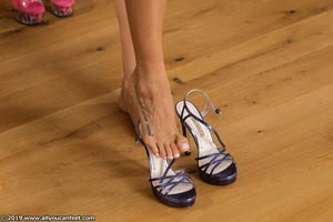 small preview pic number 10 from set 2531 showing Allyoucanfeet model Marcie