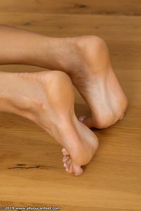 small preview pic number 116 from set 2531 showing Allyoucanfeet model Marcie