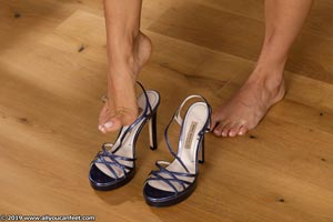 small preview pic number 12 from set 2531 showing Allyoucanfeet model Marcie