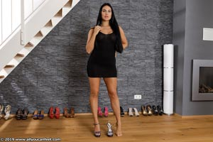 small preview pic number 13 from set 2531 showing Allyoucanfeet model Marcie