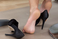 small preview pic number 2 from set 1127 showing Allyoucanfeet model Lara - New Model