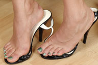 small preview pic number 4 from set 1242 showing Allyoucanfeet model Karine