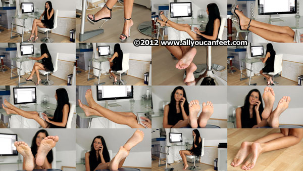 bigger preview pic from set 1318 showing Allyoucanfeet model Cora