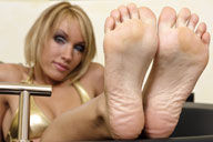 small preview pic number 5 from set 1392 showing Allyoucanfeet model Diana