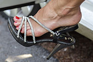 small preview pic number 1 from set 1420 showing Allyoucanfeet model Valerie