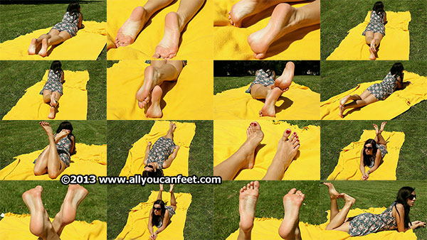 bigger preview pic from set 1421 showing Allyoucanfeet model Valerie