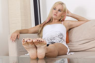 small preview pic number 1 from set 1488 showing Allyoucanfeet model Aileen