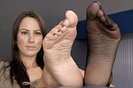 small preview pic number 3 from set 1519 showing Allyoucanfeet model Sandy