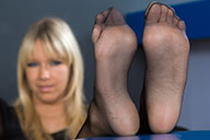 small preview pic number 3 from set 1525 showing Allyoucanfeet model Tina