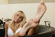 small preview pic number 6 from set 1554 showing Allyoucanfeet model Lisa