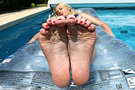 small preview pic number 2 from set 1564 showing Allyoucanfeet model Emmi