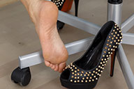 small preview pic number 2 from set 1585 showing Allyoucanfeet model Bianca - New Model