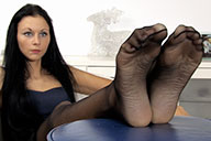 small preview pic number 2 from set 1605 showing Allyoucanfeet model Cora