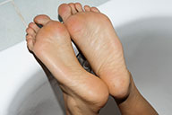 small preview pic number 4 from set 1660 showing Allyoucanfeet model Maxine