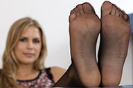 small preview pic number 2 from set 1663 showing Allyoucanfeet model Amira
