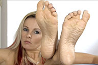 small preview pic number 5 from set 1670 showing Allyoucanfeet model Aileen
