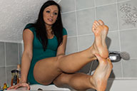 small preview pic number 6 from set 1704 showing Allyoucanfeet model Valerie
