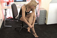 small preview pic number 6 from set 1706 showing Allyoucanfeet model Karine