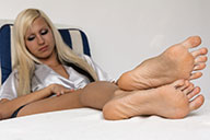 small preview pic number 6 from set 1707 showing Allyoucanfeet model Eva