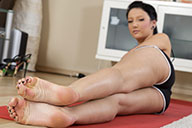 small preview pic number 3 from set 1711 showing Allyoucanfeet model Liliana