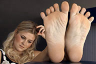 small preview pic number 4 from set 1803 showing Allyoucanfeet model Lia