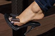 small preview pic number 1 from set 1895 showing Allyoucanfeet model Nika