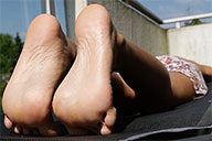 small preview pic number 4 from set 1914 showing Allyoucanfeet model Robyn