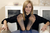 small preview pic number 1 from set 1920 showing Allyoucanfeet model Romy