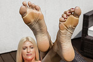small preview pic number 6 from set 1939 showing Allyoucanfeet model Melina - New Model