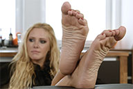 small preview pic number 5 from set 1987 showing Allyoucanfeet model Isa