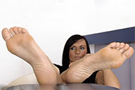 small preview pic number 6 from set 1991 showing Allyoucanfeet model Gina