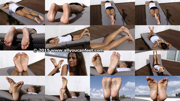 bigger preview pic from set 1995 showing Allyoucanfeet model Sila