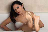 small preview pic number 3 from set 2000 showing Allyoucanfeet model Becky