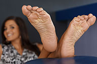small preview pic number 5 from set 2015 showing Allyoucanfeet model Robyn