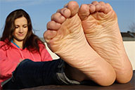 small preview pic number 6 from set 2021 showing Allyoucanfeet model Lauren