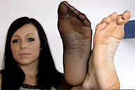 small preview pic number 4 from set 2023 showing Allyoucanfeet model Valerie