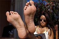 small preview pic number 4 from set 2064 showing Allyoucanfeet model Maxine