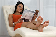 small preview pic number 4 from set 2080 showing Allyoucanfeet model Victoria