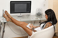 small preview pic number 1 from set 2083 showing Allyoucanfeet model Snooki