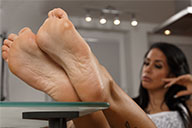 small preview pic number 5 from set 2083 showing Allyoucanfeet model Snooki