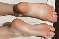 small preview pic number 4 from set 2096 showing Allyoucanfeet model Mary