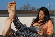 small preview pic number 6 from set 2180 showing Allyoucanfeet model Snooki